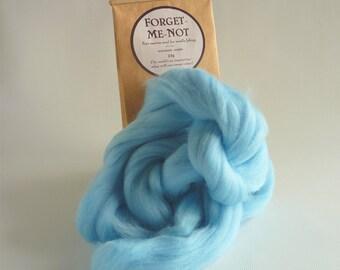 Pale blue merino roving, 25g (1oz) Forget me Not, 21 micron, merino roving, merino tops, felting wool, needle felt wool, wet felting