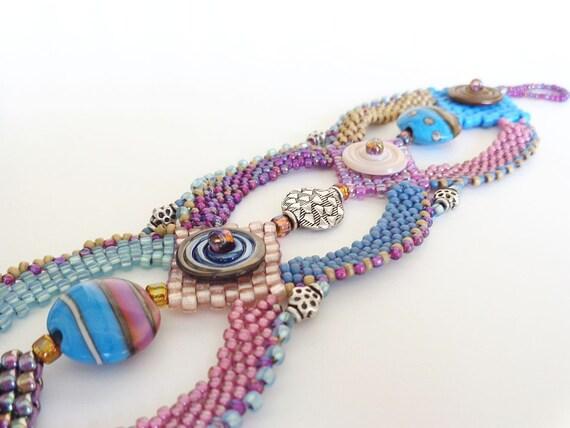Berry Disc Bead Weaving Bracelet