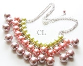 Pearl Collar Necklace - a statement pearl collar necklace available in your choice of colours (N45)