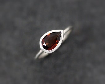 Sideswept Red Garnet Gemstone Ring, Size 6.5 Ready To Ship