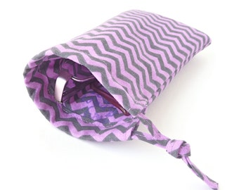 fabric eyeglass case. purple grey chevron sunglasses drawstring bag. padded glasses pouch. teen tween girl gift
