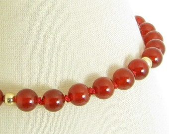 Handknotted Red Agate and Gold Bracelet