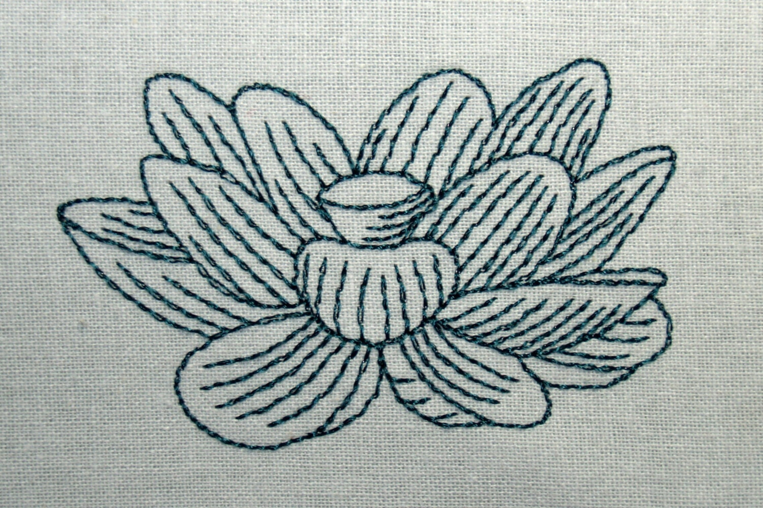 Line Drawing Embroidery : Lotus line art machine embroidery design download