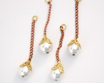 Vintage White Pearl with Cap on Copper Chain Findings (4) drp124A
