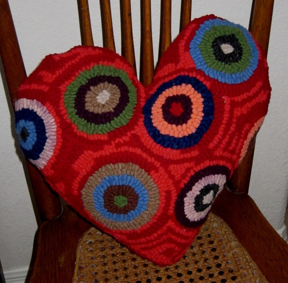 MAKE DO Primitive Rug Hooking HEART Pillow Valentine plus Wool Equals Love Mothers Day Gift
