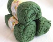 Creme de la Creme Dark Green Cotton Yarn, FOREST Green,  100% cotton, worsted weight