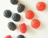 12 pcs Raspberries Cabochon Set (10-13mm) FR098 (((LAST)))