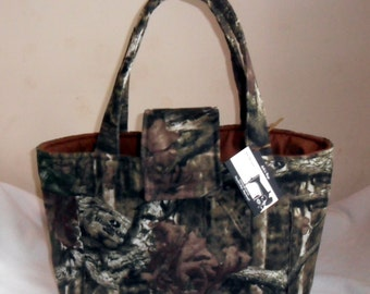 Large Mossy Oak Camouflage Diaper Bag Tote CHOICE OF INTERIOR