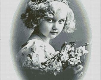 Vintage Girl cross stitch patterns No.766