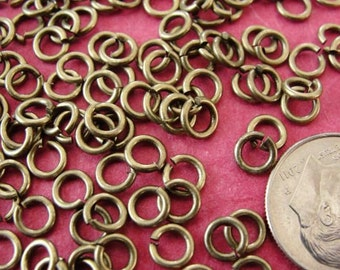 Best Selling Jump rings / 16 grams ( 200 pcs) of 5mm Antique Brass  open unsoldered  jumprings/ 18 ga / jewelry making supplies /   JRAB4606