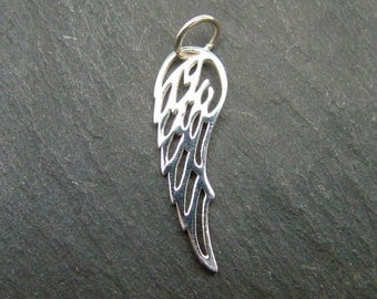 Sterling Silver Angel Wing Pendant 26mm (CG6168)