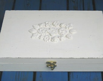 Tea box cream Shabby Chic Home Decor / Tea bag box, wooden tea box, rustic tea box