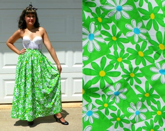 SALE 1970s Vintage Lime Green White Daisy High Waisted Maxi Skirt Neon Floral Maxi Bright Boho Hippie Skirt Size Extra Small