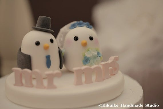 Love birds  Wedding Cake Topper (K345)