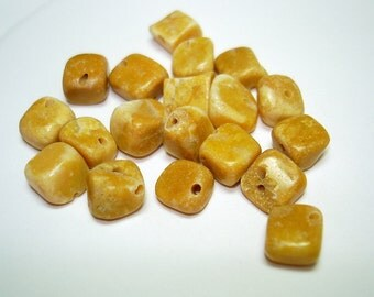 Yellow Marble Pebble Stone Beads (Qty 19) - B2503