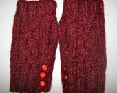 Woman's Fingerless Gloves with Double Cable design and 3 buttons