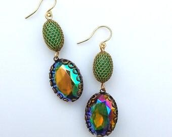 Eco Freindly Earrings, Vintage Mesh Earrings, Vintage Style Earrings, Vintage Dangle Earrings, Green Bead Earrings, Rhinestone AB Earrings