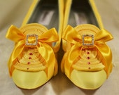 Marie Antoinette Extra Ruffle Yellow Pumps