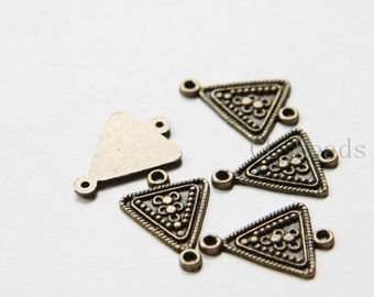 20pcs Antique Brass Tone Base Metal Links - Triangle 21x15mm (5088Y-C-387)