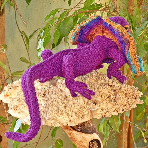 Frivolous Frilled Neck Lizard Knitting Pattern From