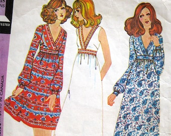 1970s Vintage Sewing Pattern - McCall's 3246 - Boho Baby Doll Wrap Front DRESS / Size 10