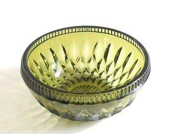 Retro Dishes, Vintage 1970's Avocado Green Indiana Glass Mt. Vernon Salad Bowl