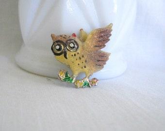Vintage Pin Vintage Owl Brooch Enamel Brooch Vintage Owl Pin Figural Brooch