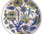 A Damascus-Style Iznik Pottery Dish