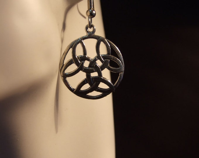 Celtic tricorn pattern circle earrings made with Australian Pewter and Surgical Steel hook