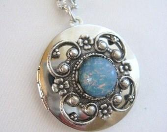 Blue Fire Opal Locket, Silver Locket Necklace, Antique Locket, Blue Opal Jewelry, Filigree Necklace, Lockets, Silver Locket