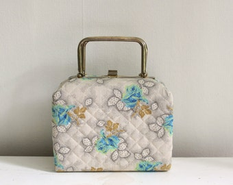 vintage 60's cloth box purse.