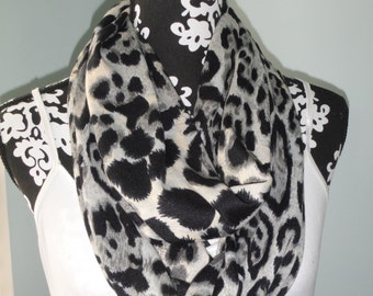 Leopard print infinity scarf, loop scarf, trendy loop scarf, circle scarf, women accessories, fall fashion, all occasion SCRF0004