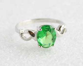 Emerald Green Sterling Solitaire Ring Vintage Art Nouveau Romantic 925 Silver