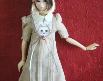 jiajiadoll - hand embroider Andy Kitty Latte dress fit momoko or misaki or blythe dorandoran jerryberry azone