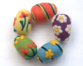 EASTER SPECIAL Felted 5 eggs or balls with flowers handmade lavender sachet Mother children toy gift decoration