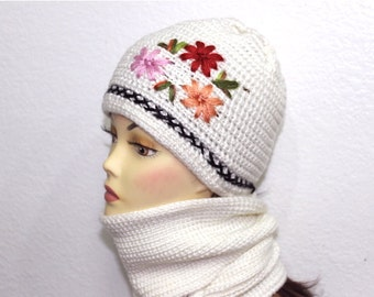 Hand knit Whit Hat and Scarf Set with Flower Winter Fashion Christmas gift