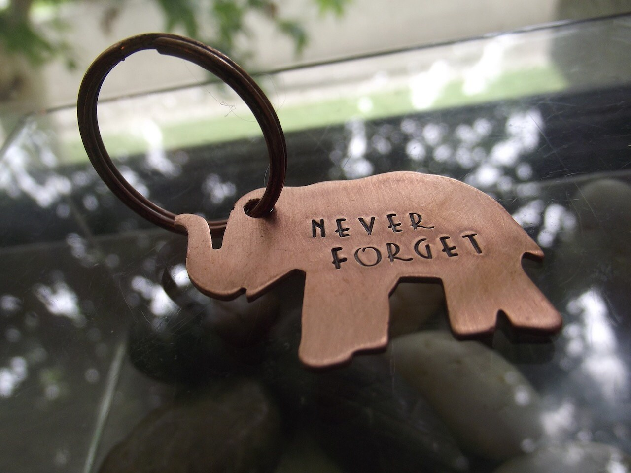 elephant keychain lucky elephant keychain inspirational. Black Bedroom Furniture Sets. Home Design Ideas