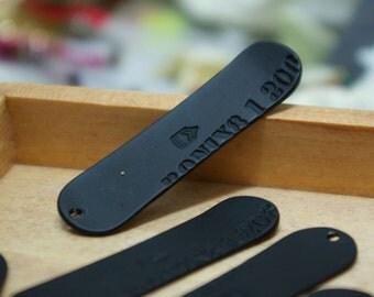 mini black snowboard