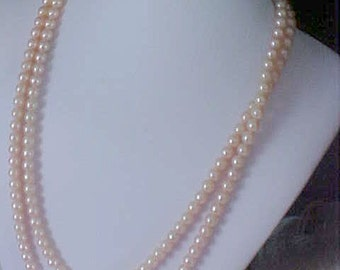 Free Shipping~ Opera Length 1940's ~ BLUSH PINK Simulated Pearl Necklace