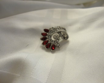 Cute Retro Brooch with Red and Clear Stones