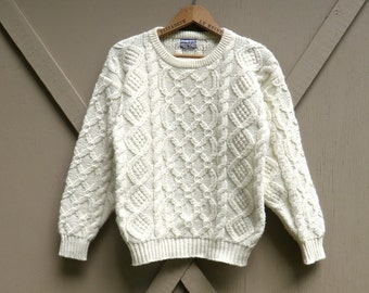 vintage White Acrylic Cable Knit Fisherman's Sweater