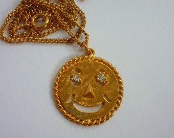"""70s Happy Face / Smiley Face Necklace """"Have a Nice Day"""" NOS"""