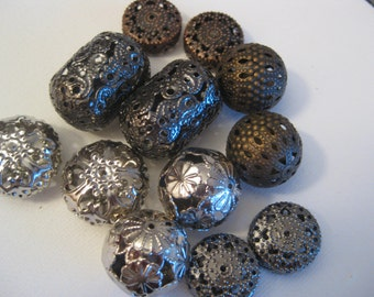 Filigree hollow beads, mixed colors, for jewelry making