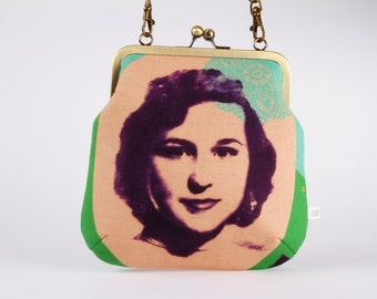 Clutch bag - Portraits in peach - metal frame purse with shoulder strap