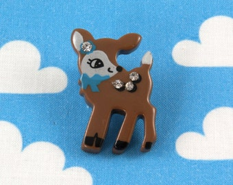 Kawaii Brooch Pin - Baby Deer Brown