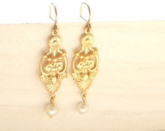Wedding Earrings, Pearl Earrings, Bridal Earrings, Gold Dangle Earrings, Vintage Style Earrings,Victorian, Art Deco Earrings
