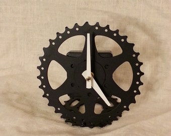 recycled bike gear desk clock, black and white