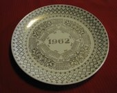 Vintage 1962 Monthly Calendar Collectible Plate, Cream With Gold Trim, Great Gift