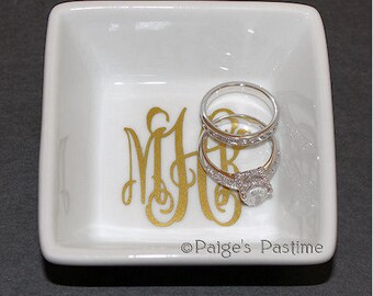 Jewelry Dish - Jewelry Holder - Monogrammed Jewelry Dish