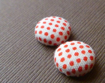 Red on White Fabric Button Earrings -- babblingbrookes